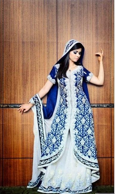 blue & white lehenga. Pakistani bridal dress
