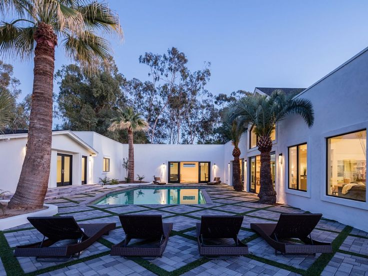 Stylist And Luxury Arizona Home And Garden Show. Phoenix family friendly vacation rental  perfect for large reunion Pure luxury with 32 best Arizona Vacation Homes images on Pinterest Scottsdale