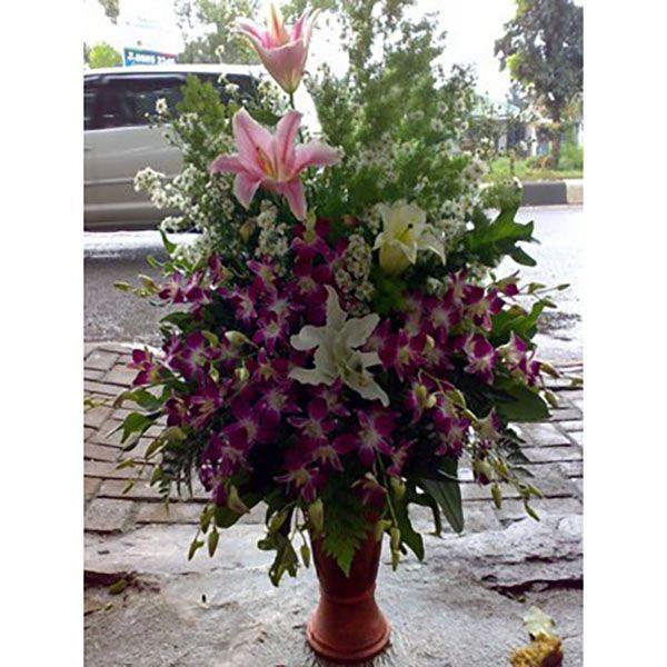 Pesan Karangan Bunga Papan Anniversary Duka Cita Ulang Tahun Hand Bouquet Bunga Meja Krans Salib Kalung Mobil Pengantin Bunga Karangan Bunga Karangan