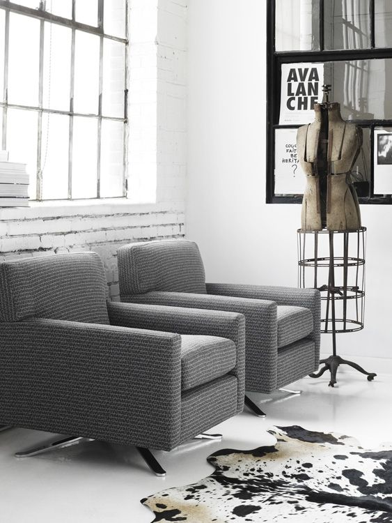 Fabric Chairs with metal legs | G-Romano