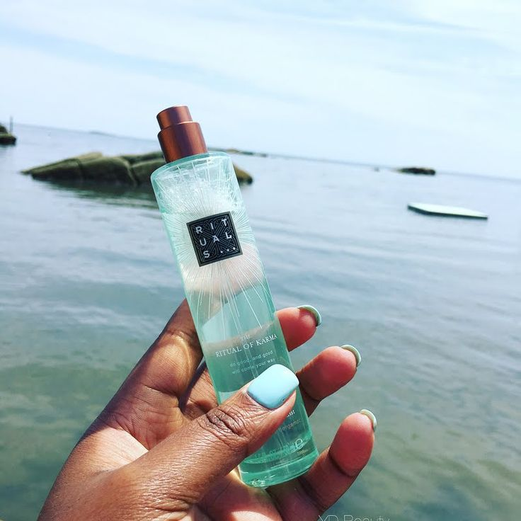Yajaira D revitalizes her bed and body using her gifted #MyRituals The Ritual of Karma Bed & Body Mist. Discover this home and body essential by clicking through.