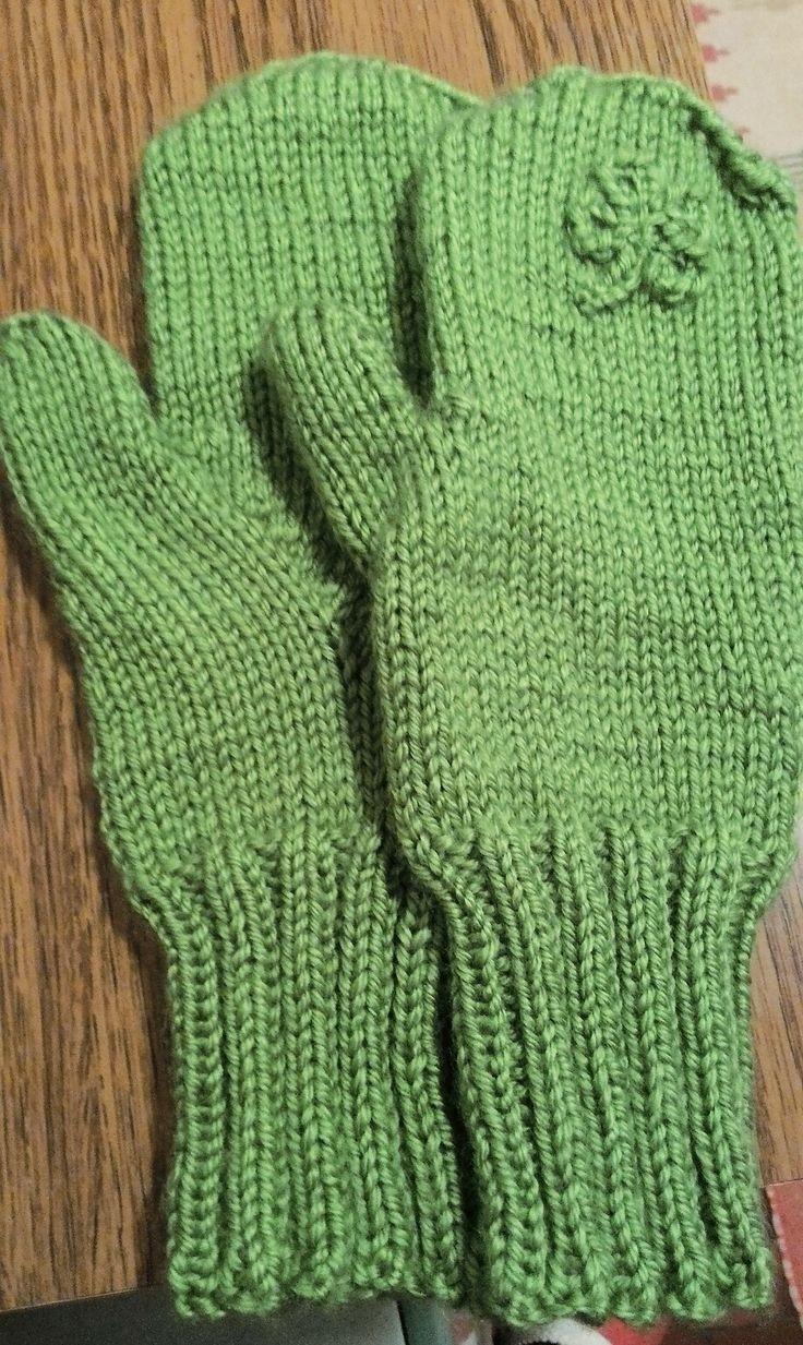 Györgyi's mittens / Paddy's