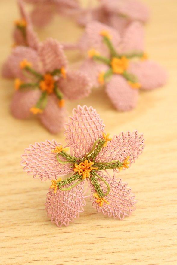 画像1: 手作りアクセに☆シルク糸:イーネオヤ単体|大きな花|アンティークローズ