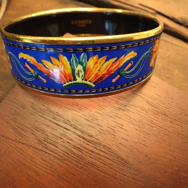 Vintage Hermes Enamel Bangle -http://www.h1912.com  - Vintage Jewelry Store -  Shop Unique, Preowned and Vintage Jewelry including Estate Wedding Rings, Antique Rolex, estate Engagement Rings, Art Deco, Vintage Luxury Jewelry, Vintage Luxury Watches, Antique Chronograph Watches, Antique Watch Store, Vintage Diamond Rings, Antique Diamond Jewels & more.