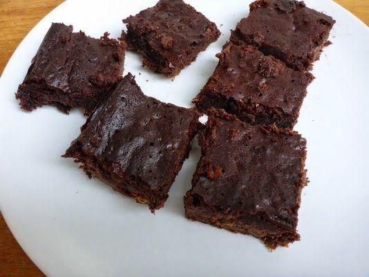 Cukkinis - csokoládés sütemény liszt nélkül