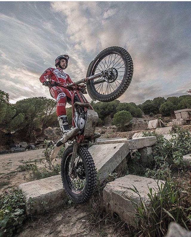 Vertical limit by @marc.riba #GasGas #Trial