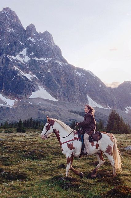 21 Incredible Trips To Add To Your Bucket List  #refinery29  http://www.refinery29.com/tiny-atlas-amazing-travel-trips#slide-21  Location:  Tonquin Valley, Alberta, Canada Why You Have To Go: It's home to some of the most breathtaking mountains and lakes that you will ever lay eyes on. Best Time Of Year: August through November Pro Tip: Go outside after midnight and look up. The area is known for clear, dark skies and incredible views of the stars.