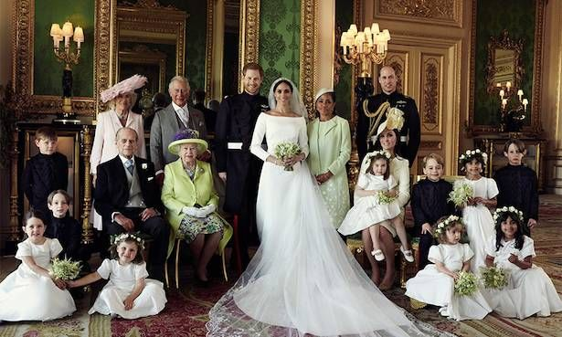 The Official Wedding Photographs Of Prince Harry And Meghan Markle Have Been Released And They Are Magical Hochzeit Bilder Hochzeitsfotos Royale Hochzeiten