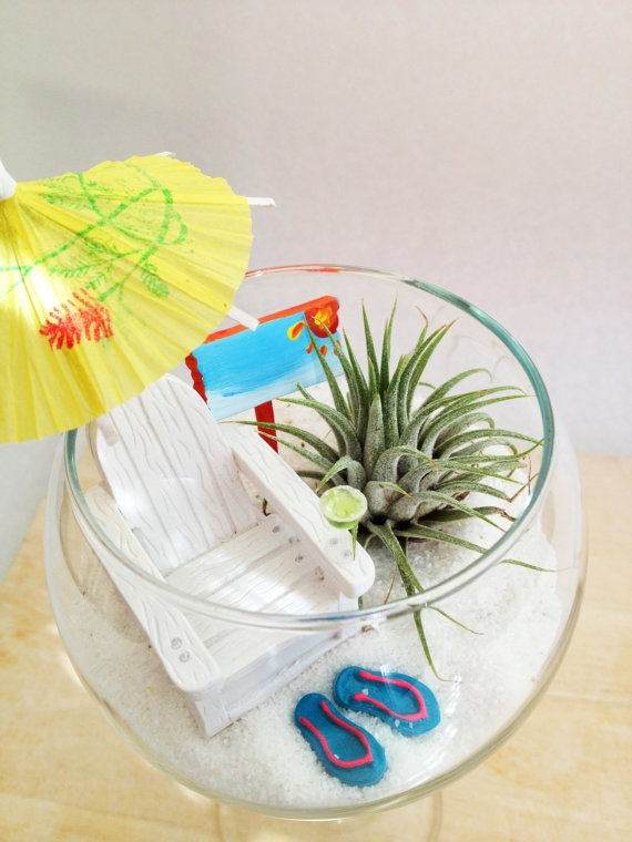 Miniature Beach Garden in a Wine Glass by myminiaturegarden, so cute