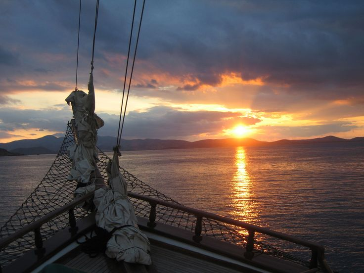 Enjoy every moment...#Cruise #Santorini #Sunset  Photo credits: @aegeotissa