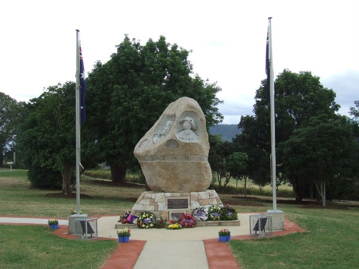 Monument to the fallen, Engelsberg Memorial Park Kalbar Qld