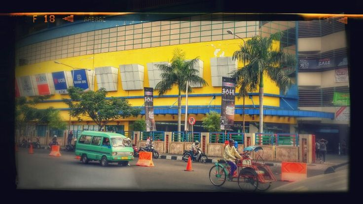 Atom Mall