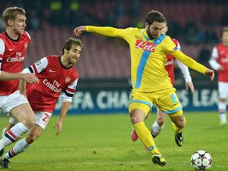 Hasil Pertandingan Liga Champion Napoli Vs Arsenal,Higuain cetak 1 Gol