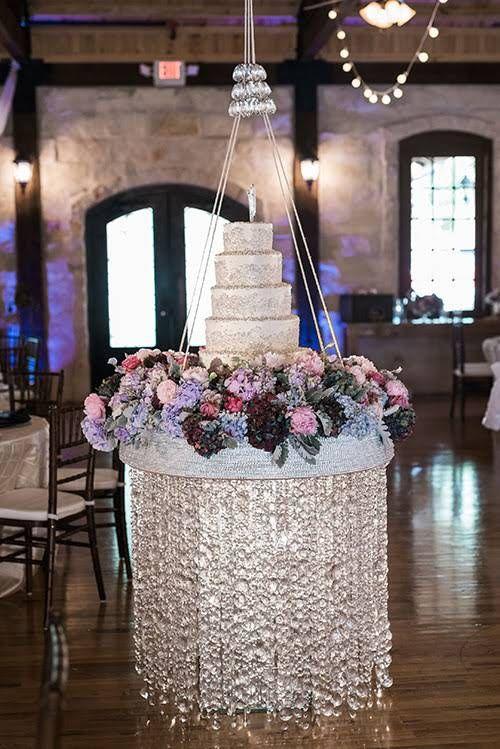 A Wedding Planner's Elegant Spring Celebration Just North of Houston