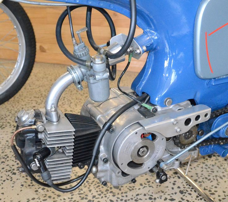 Honda Motorcycle With Fit Engine: Honda 50cc [C110] 1962 Race Bike Engine