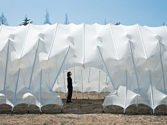 Temporary Pavillon in Noda Kazuhiro Kojima Tokyo - sure beats your basic wedding reception tent! This is such a lovely shape.