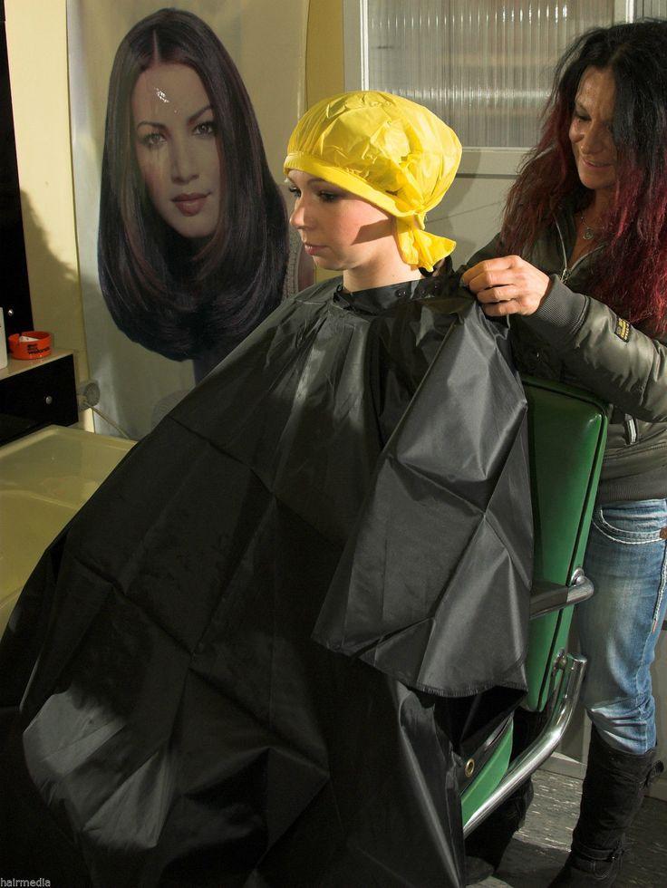 75 besten hair capes bilder auf pinterest salon st hle salons und umh nge. Black Bedroom Furniture Sets. Home Design Ideas
