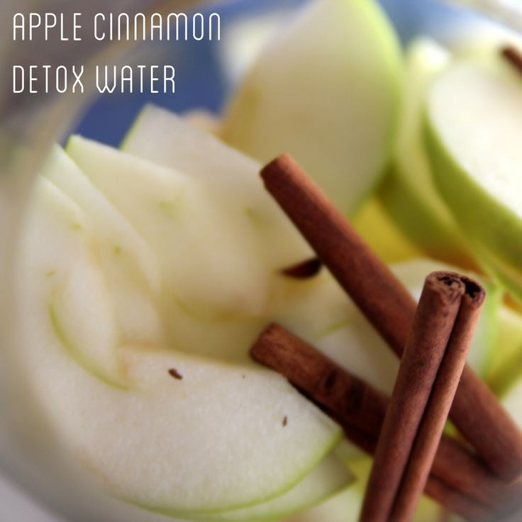 Add two and a half thinly sliced green apples and four large cinnamon sticks to a liter jar or pitcher. Fill with water and let steep overnight.