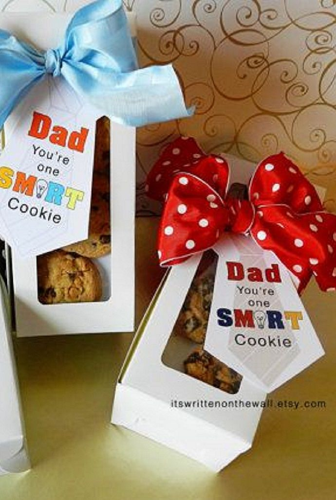 Use FREE PRINTABLES to give cookies as gifts to the men in your facility