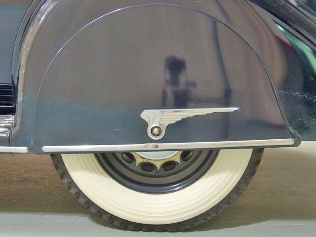 Best Sleeper Cars >> Vintage Car Fender Skirts | Classic Car Photo Gallery: 1935 Chrysler CZ Airstream: Fender Skirt ...