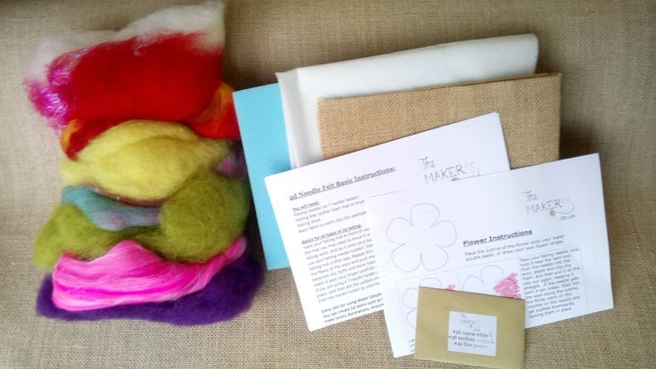 2d Needle Felt Starter Box (Flowers & Pictures) - contains tools, accesories, general instructions and a big bag of wool