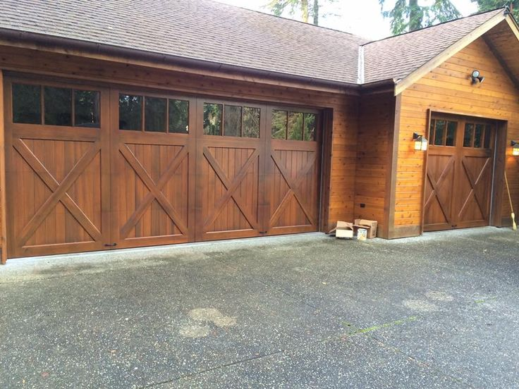 The 89 best images about clopay wood carriage house garage for 16x7 garage door with windows
