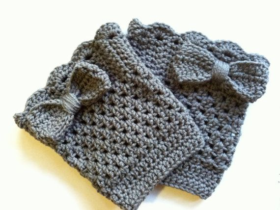 Bow Boot Cuffs by TheHappiNest. I love the little bows on the back!