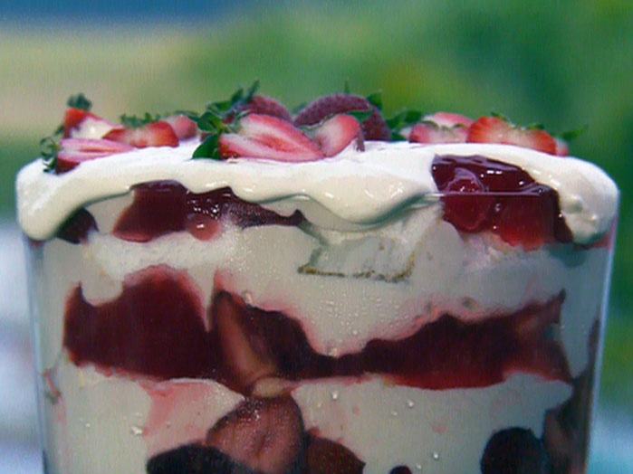 Paula Dean Strawberry Shortcake