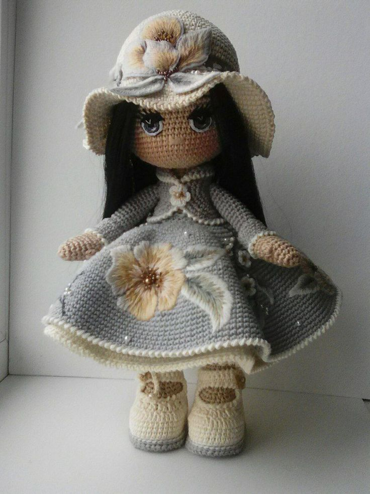 AMIGURUMI    Those Embroidered Flowers are absolutely gorgeous!!! [Putting on both boards!] ♥A