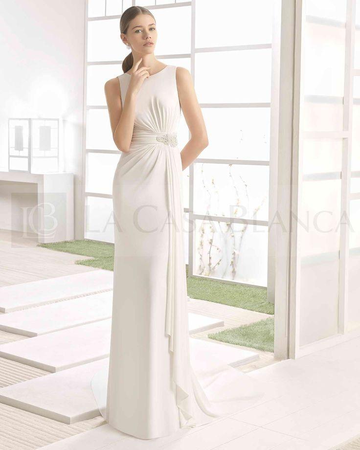 """La sofisticación y elegancia tienen un nombre: #RosaClará, este bello modelo se llama """"Warein"""" Precioso.  #Chile #Novias #Wedding #Love #Marriage #LCB #Vestido #Princesa #Princess #Dress #Sueño #Vsco #Vscocam #Happy #Brides #Groom #Estilo #Tendencia #Moda #Love #HappyDay #Eldíamásimportante #AmorEterno"""
