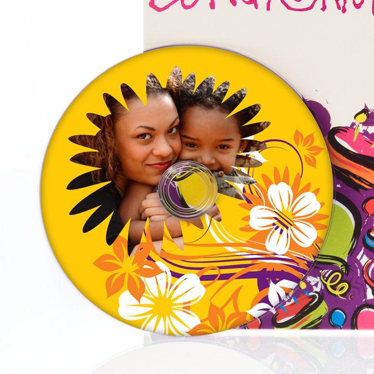 Überrasch deine Mutter mit einem Muttertagslied, in dem sie namentlich erwähnt wird.