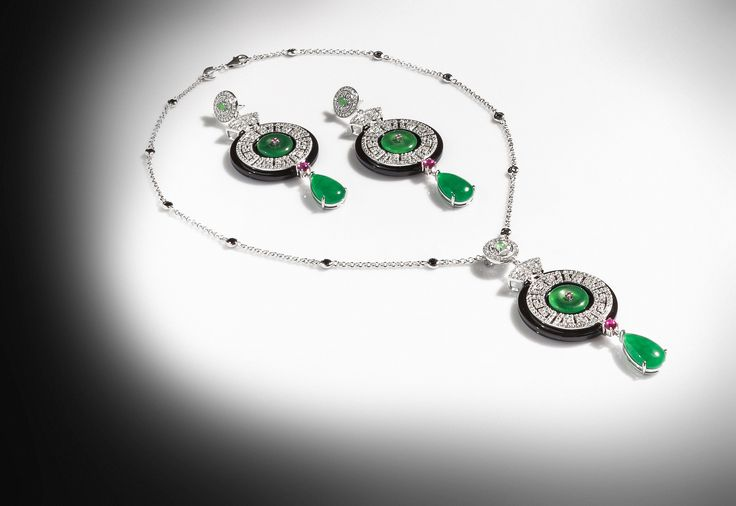 White Zirconiums, Green Agate, Black and Red Coral Jewels. #Necklace and #Earrings by #Ultimaedizione.