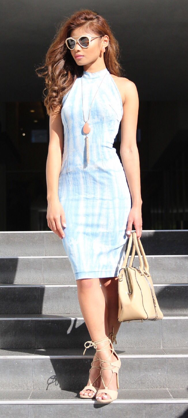 This denim dress can go from day to night, but of course I'm gonna style this piece with a cute strapped pumps, add nude bag and eyewear #justfab