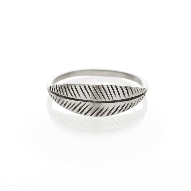 Silver palm ring