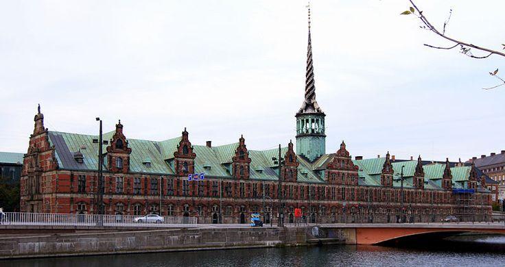 This building, Børsen, housed the Copenhagen Stock Exchange until 1974.