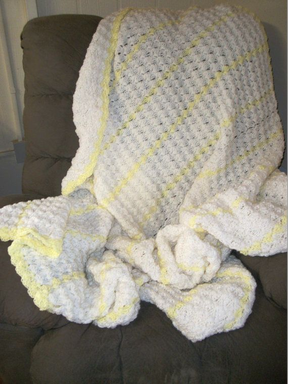 Hand-crocheted Womens white shawl Lap blanket, Us ...