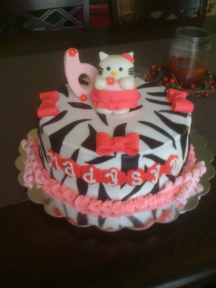 Hello Kitty Cake!  Happy 6th Birthday Madysyn!