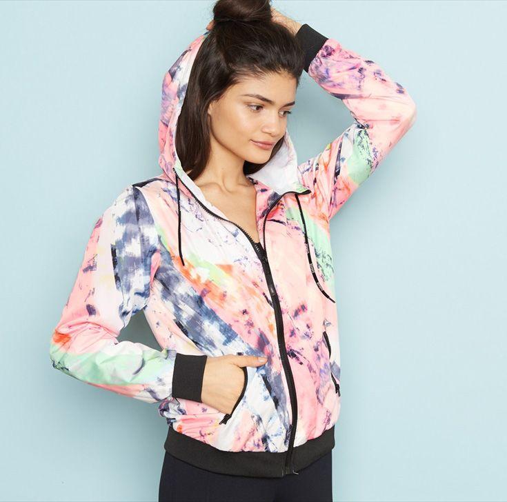 Bright Windrunner. #activewear