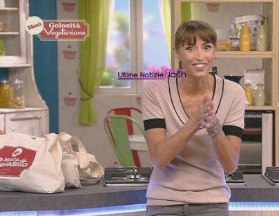 La+ricetta+delle+lasagne+in+brodo+di+Marisa+Laurito+e+Benedetta+Parodi+(video)