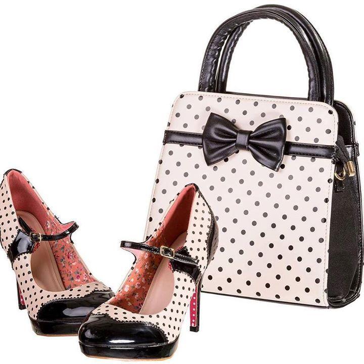 Chaussures Escarpins Pin-Up Rockabilly 50s Mary Jane Pois Polka  http://www.belldandy.fr/chaussures-escarpins-pin-up-rockabilly-50-s-mary-jane-pois-polka.html  Sac à Main Rétro Pin-Up 50s Rockabilly Pois Noeud  http://www.belldandy.fr/sac-a-main-retro-pin-up-50-s-rockabilly-pois-noeud-40177.html https://www.facebook.com/belldandy.fr/photos/a.338099729399.185032.327001919399/10154256183114400/?type=3