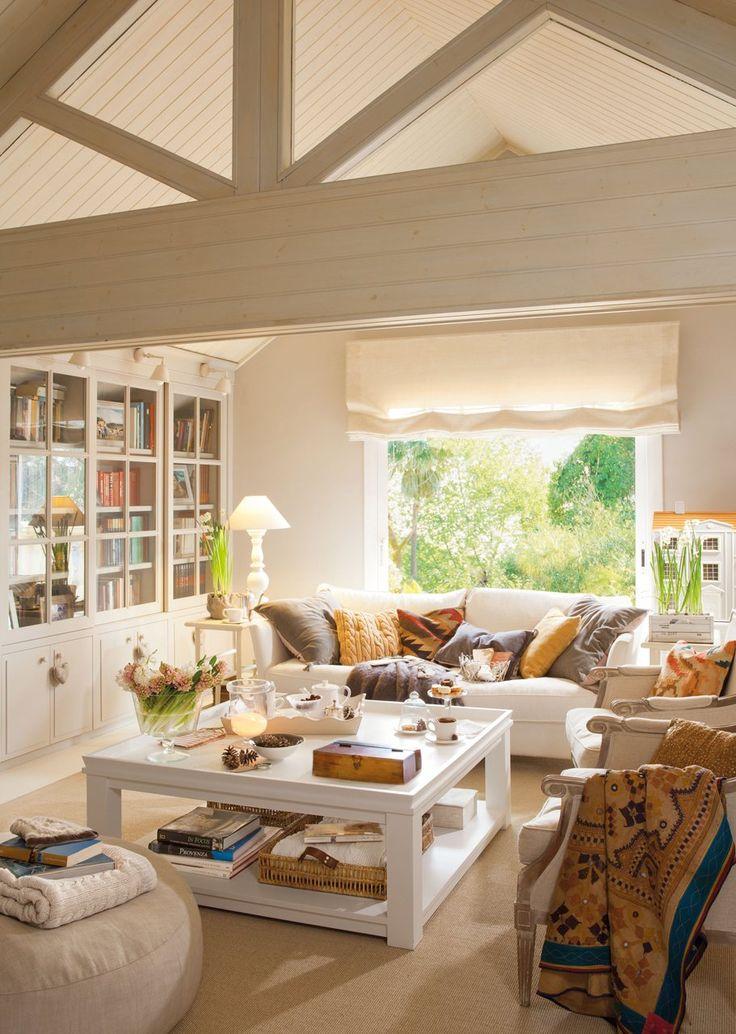 A favor del sofá blanco · ElMueble.com · Salones