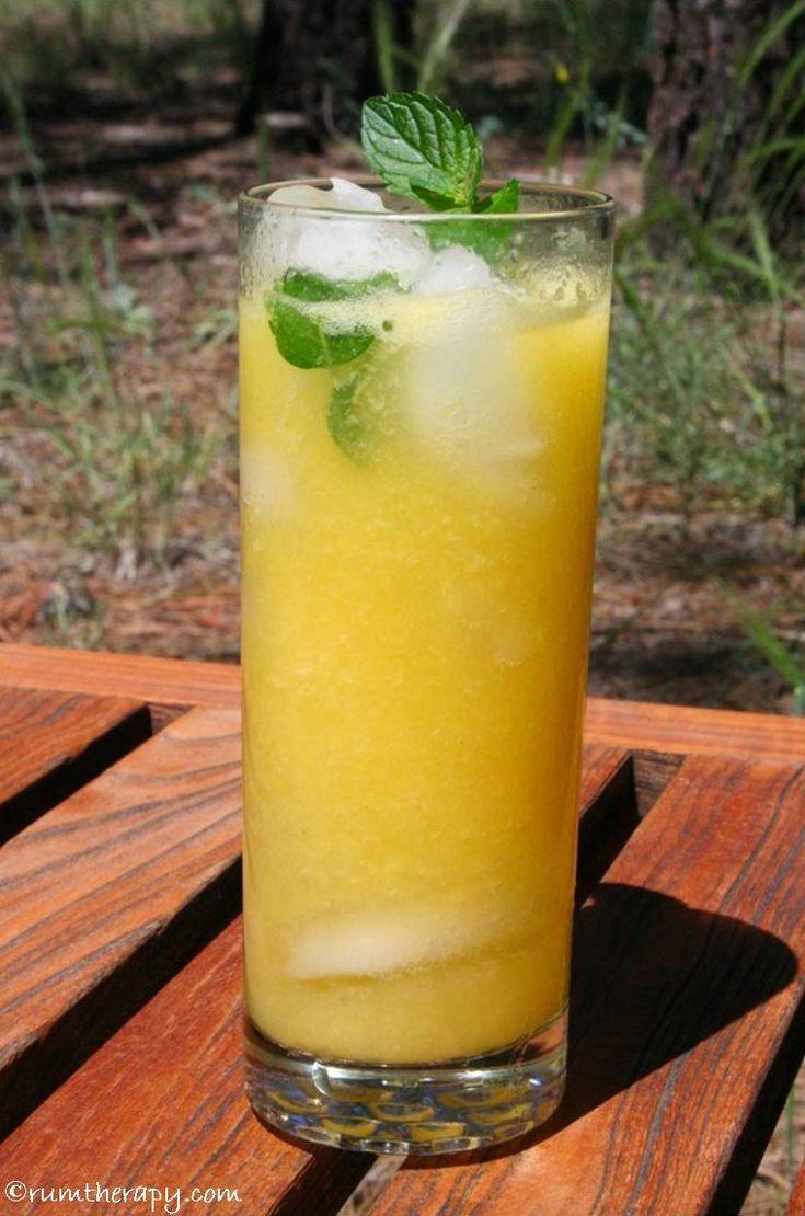Mango Mojito - mango delicious!  Click for the recipe!