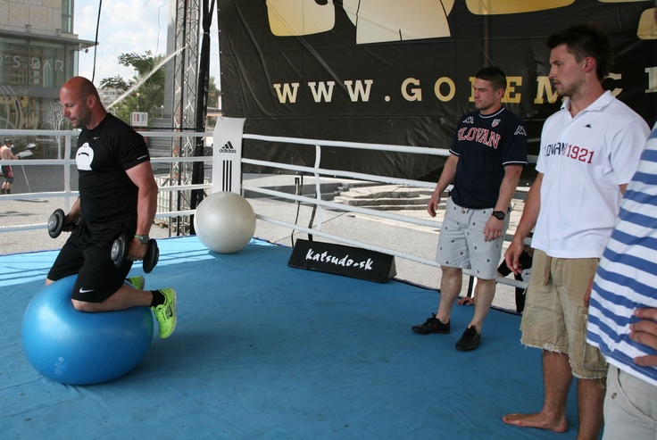 #JaroslavJanus and #MartinŠtajnoch working out during Golem Fun Day 2013 in Eurovea