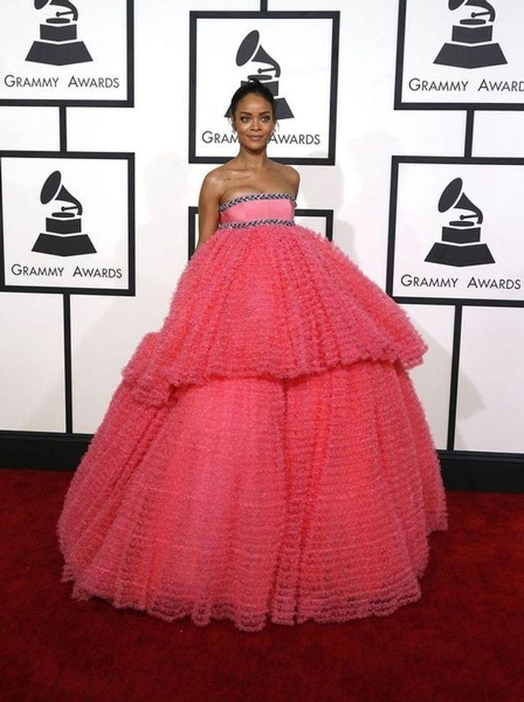 Grammy Awards in beeld: Stijlvolle looks op de rode loper