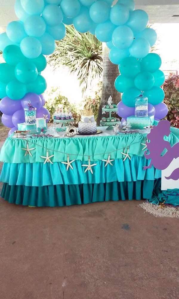 Cute idea for an under the sea mermaid party!