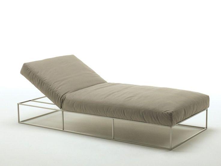 ILE CLUB Chaise longue by Living Divani diseño Piero Lissoni
