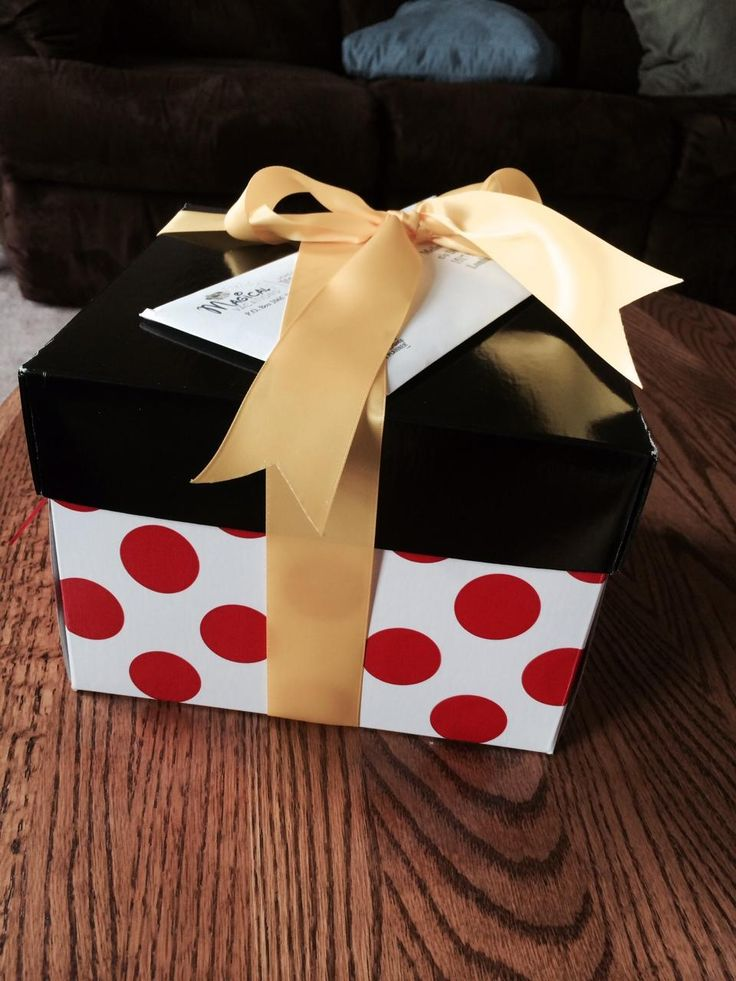 A free gift for Disney vacation! The amazing and exciting Minnie Box! (subject to minimum vacation package)