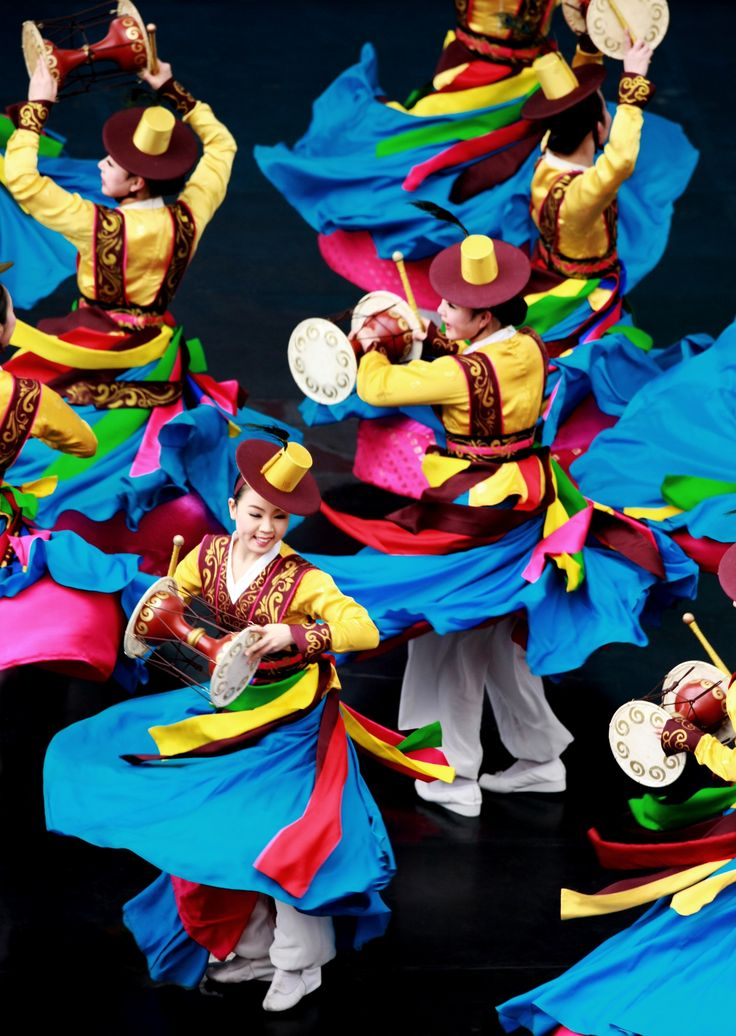 Korean traditional Janggu(double-headed drum) dance.