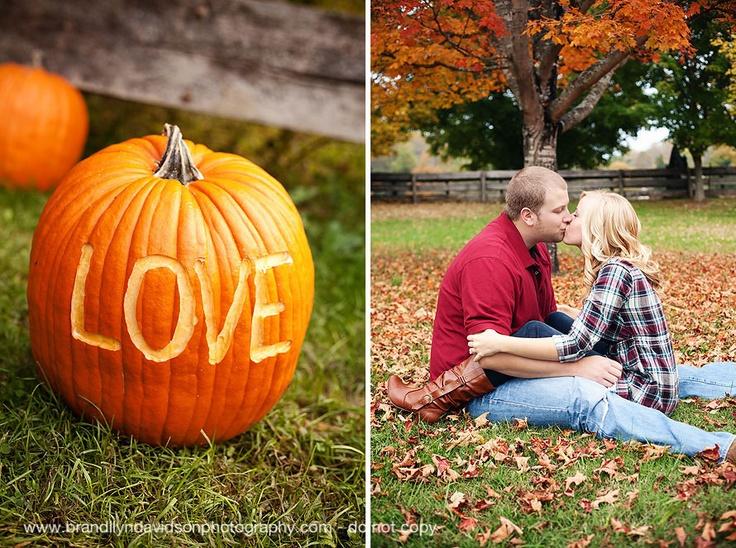 Fall engagement photos - pumpkins!