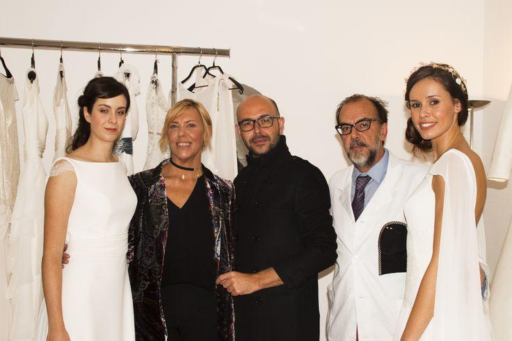 María Argüelles, Josechu Santana y Luis Alberto de No Soy Digno De Tu Amor, junto a las modelos.